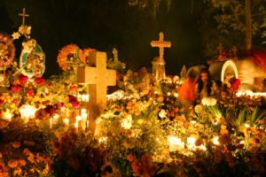 Mexico, Michoacan, Tzintzuntzan, Day of Dead celebration